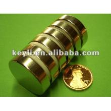 25 mm d'épaisseur x 4 mm d'épaisseur N35 Aimant de néodyme - 17,5 kg Tir (Nord)