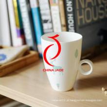 Alta qualidade mão pintada de cerâmica personalizada copo e pires para atacado