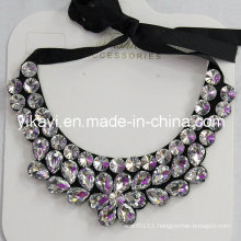 Lady Fashion Charm Glass Crystal Pendant Collar Necklace Jewelry (JE0213)