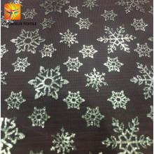 Bonita tela de malla con estampado de flores de nieve