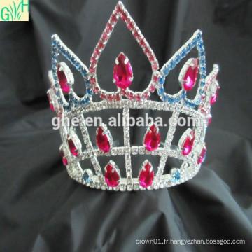 Le théâtre personnalisé couronne la tiare, le tiare et la couronne