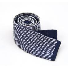 Corbata de punto tejida flaca estrecha estrecha hecha punto