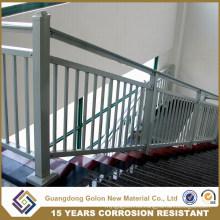 Escalera recta de hierro forjado
