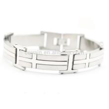 China Custom Locking Stainless Steel Bracelet