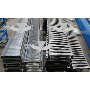 Bangunan Penggunaan C60 Steel Plank Roll Forming Equipment