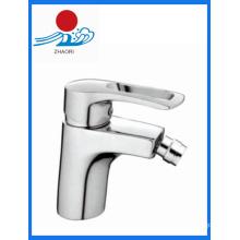 Robinet mélangeur à robinet en vasque en laiton à eau chaude et froide (ZR21110)
