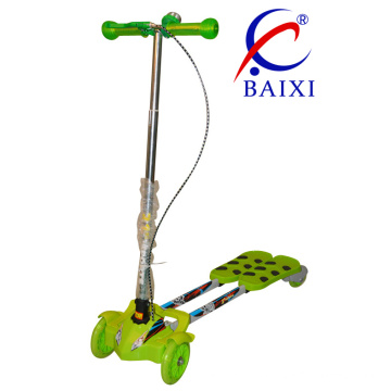Foldable and Flashing Wheels Kids Swing Frog Scooter (BX-WS003)