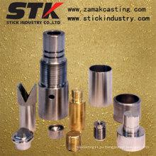 Обработанные металлом детали (STK-C-1020)