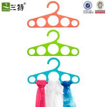 boucles en plastique cintre d'écharpe