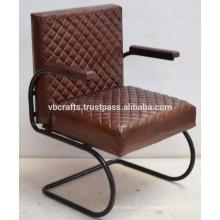 Sofá retro de couro vintage