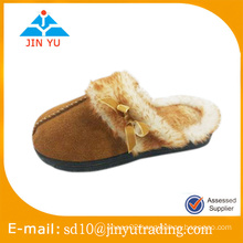 China Factory price fashion style elegant winter indoor slipper genuine leather