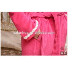 Usine de la Chine pour peignoir femme avec dentelle blanche sur manchon manchon