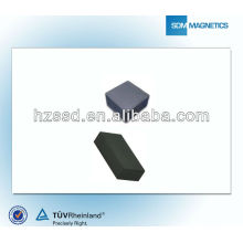 Strong y35 ferrite magnet