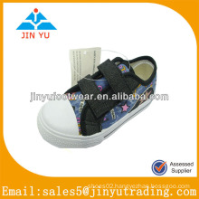 China JY-C11318 injected canvas shoes