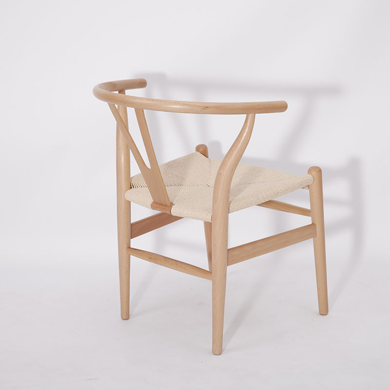 Wood wishbone chair