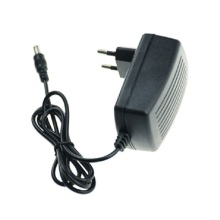 Adaptador de corrente alternada de 9 volts