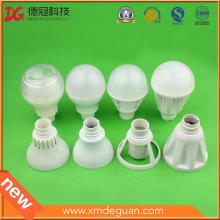 Cubierta de LED de inyección de alta gama Lámpara de PC Lámpara de plástico o personalizada
