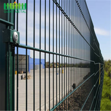 Good+Quality+Double+Horizontal+Welded+Wire+Mesh+Fence