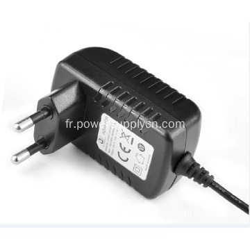 Adaptateur de source d'alimentation multi-tension
