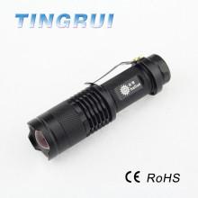 Nouvelle lampe torche multifonction LED xpe LED avec le meilleur service