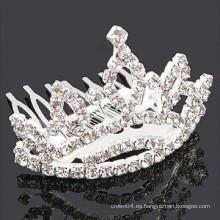 Forma la plata plateada del metal forman la forma la venda cristalina del pelo de la piedra
