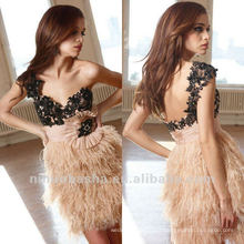LL-0081 Novo estilo One Shoulder Applique Beaded Column Mini Featehr Skirt Waistband Open Back Cocktail Dress Party Gown