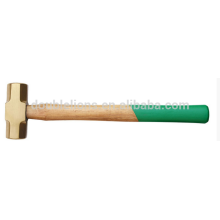 Marteau en laiton avec manche en bois, marteau