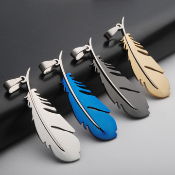 High Polish Best Quality Colorful Feathers Pendant