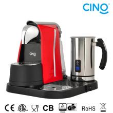 C. Kaffee-Maschine mit Milchschäumer