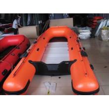 Barco inflável do Motor para a pesca