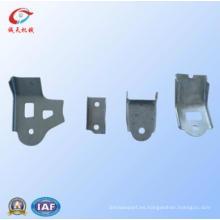 La motocicleta / el motor / el automóvil adaptables de calidad superior moldean piezas del bastidor