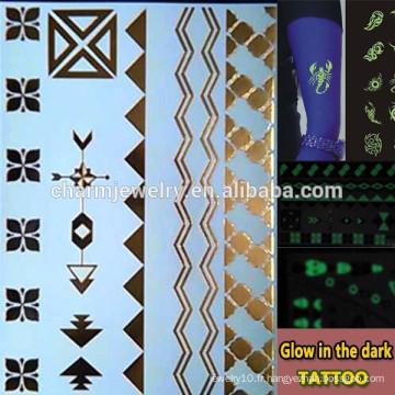 OEM Wholesale lueur dans les marques de mode tatouage noir tatouage temporaire Autocollant pour adultes GLIS008