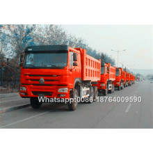 Camions à benne basculante Howo de 336 chevaux avec une couchette