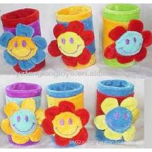 Прекрасный канцелярские принадлежности 6 цветов прекрасный цветок улыбкой цветок плюшевый контейнер