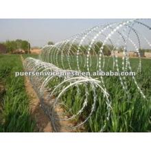 Barrera de malla de alambre de púas