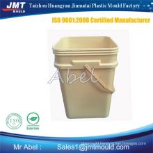customized paint bucket molding