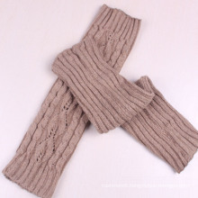 Women′s Leg Warmer with Cable Pattern (TA303)