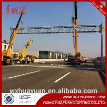 Structures de panneaux d'autoroute à revêtement galvanisé et en poudre