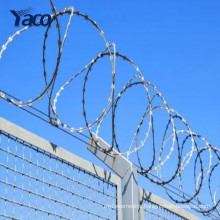 Chinese golden supplier razor barbed fencing wire wholesale price