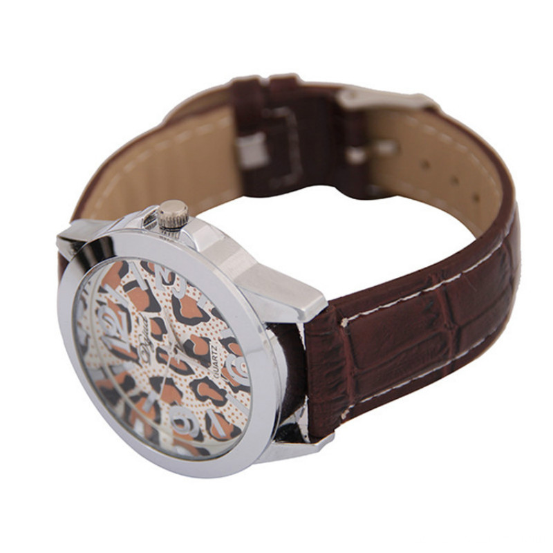 2016 Fashion Women Leather Band Analog Quartz WristWatch