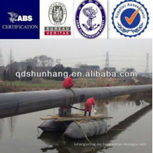 Certificado CCS inflable flotando en el pontón de goma de agua