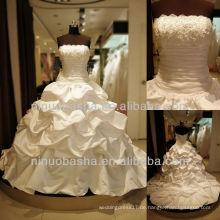 Q-6254 Blumen Bodice Ballkleid Hochzeitskleid Long Tail Satin Brautkleid
