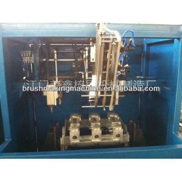 máquina de tufos de vassoura
