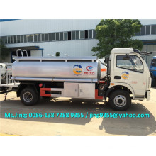 Precio bajo de camión cisterna de combustible de 2000 galones / camión cisterna de combustible ligero para la venta en Uruguay