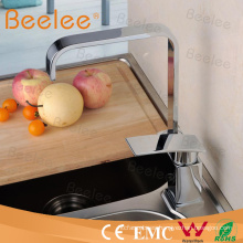 Latón comercial diseño monomando cocina grifo grifo para lavabo con chispas U Caño