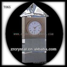 Maravilloso K9 Crystal Clock T065