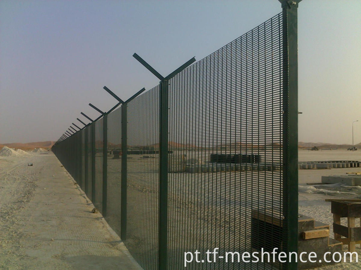 358 fence installation