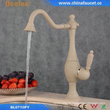 Küche Waschbecken Wasserhahn mit Malerei Gebacken