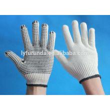 Gants de coton blanc blanchi de calibre 10 avec des points de pvc sur le côté de la paume