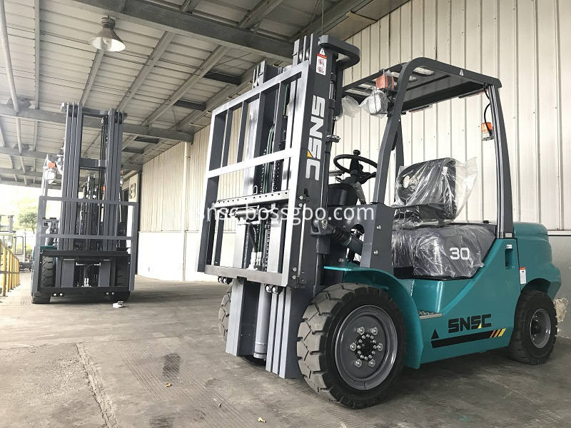 4 units 3 ton forklifts exported to ALGERIA from sheri (5)
